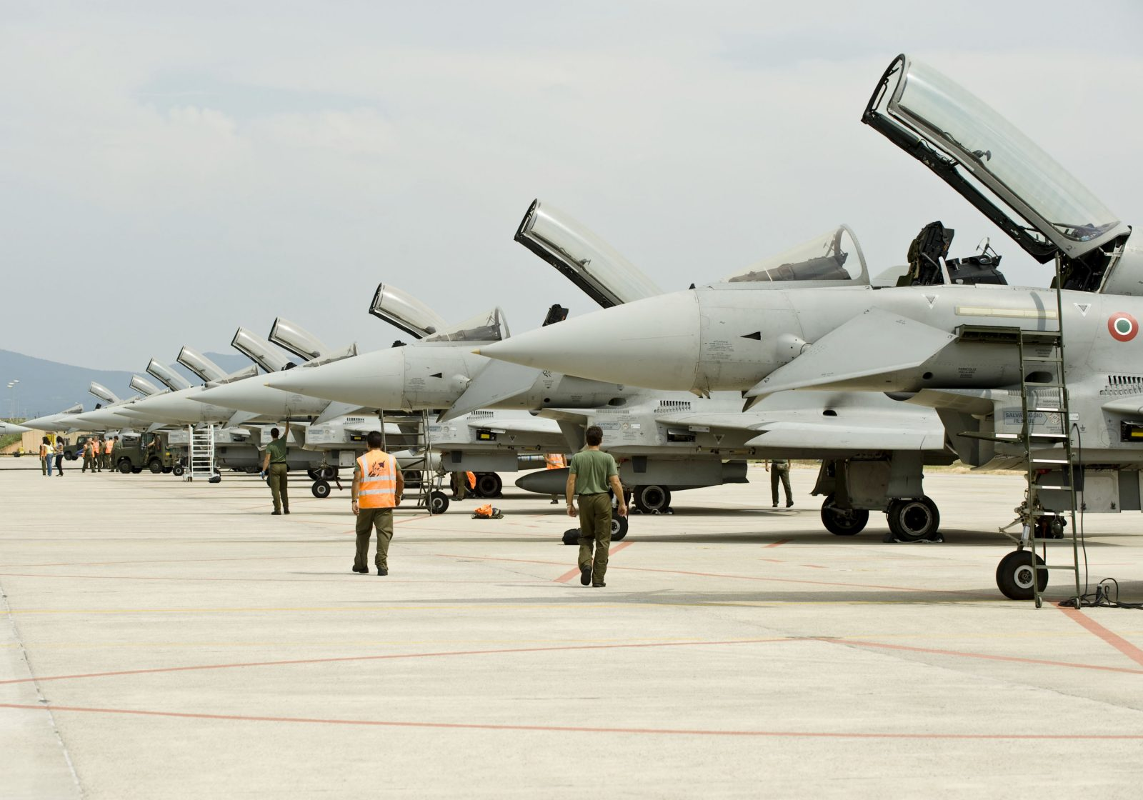 Amazing Facts about Eurofighter Typhoon - Crew Daily