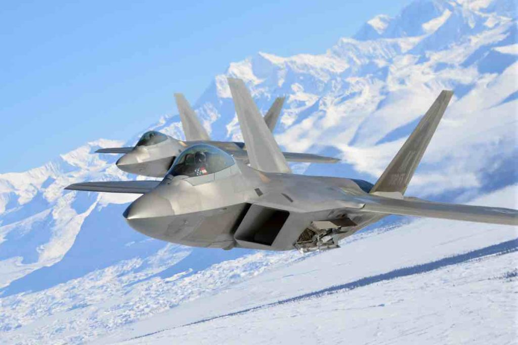Amazing facts about Lockheed Martin F-22 Raptor - Crew Daily