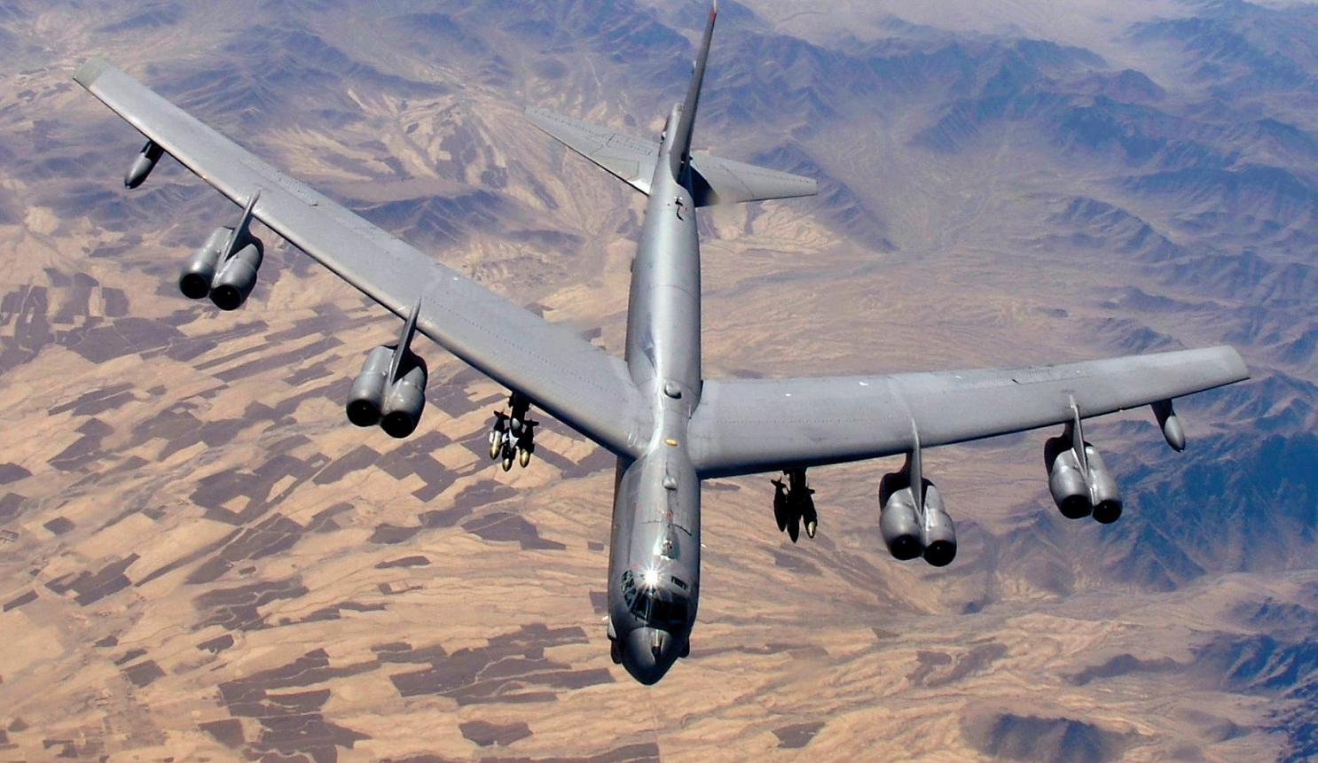 Amazing facts about the Boeing B-52 Stratofortress - Crew Daily
